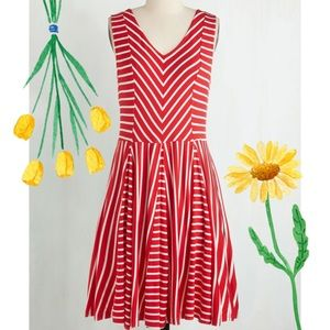 Modcloth Young Threads Carnival Aboard Dress L
